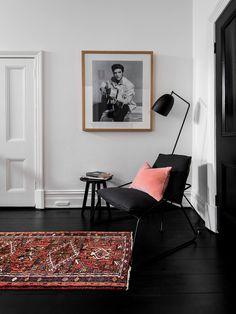 black floors, colorful details.