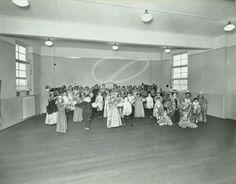 Middle Park Primary School, fancy dress 1937