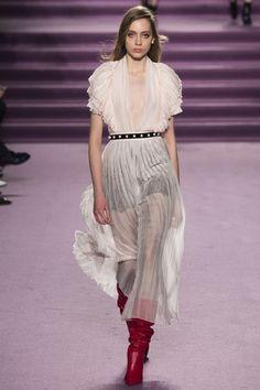 Philosophy di Lorenzo Serafini Fall 2016 Ready-to-Wear Collection Photos - Vogue
