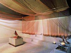 """AQUAE CALIDAE - """"Aquae Calidae"""" è situato nel cuore della frenetica e moderna Milano. Il relax dato dall'acqua e dai trattamenti specifici non è l'unica caratteristica della SPA, in una delle sale è possibile apprezzare una scenografia realizzata con drappeggi di tessuto metallico M&M Rio che rievocano i drappi degli dei romani. (More info: http://m.ttmrossi.it) #Design #Style #Events #InteriorDesign #IdeaDesign #idea #inspiration #TTMRossi #Metaldesign"""