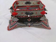 Catrina jewels: Contemporary geometric beadwork Bangle : Horn Wing