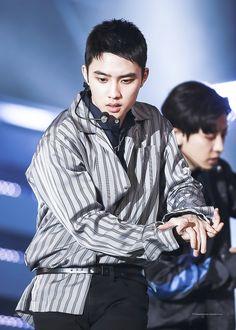 161008 #Kyungsoo #EXO DMC Exo Do, Kyungsoo, Bias Wrecker, Laughter, Korean, Korean Language