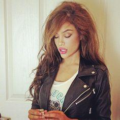 rocker chic.. love her style..