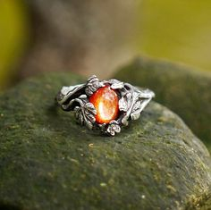 """Sterling Silver Sunstone Ring """"Daisy"""" MADE TO ORDER, sunstone engagement ring,delicate ring,flower ring, antique ring"""