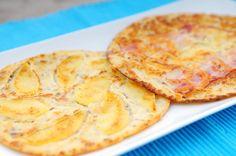 Wij voelden ons uitgedaagd om een voedzame variant van de pannenkoek te maken. Voor het beslag gebruiken we amandelmeel, gebroken lijnzaad en ei. We hebben de pannenkoekjes belegd met zoete appel, spek en kaas.