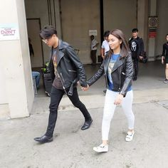This is the handsome Daniel Padilla and the pretty Kathryn Bernardo walking and holding hands together while preparing for Trabahula Extreme on It's Showtime at ABS-CBN Studio 3 last September 14, 2016. Indeed, KathNiel is my favourite Kapamilya love team, and they're amazing Star Magic talents. #KathrynBernardo #DanielPadilla #KathNiel #KathNielBernaDilla #ItsShowtime #ShowtimeMiyerkuLessStress