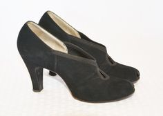 1930s Vintage Black Suede High Heel Pumps by MyVintageHatShop