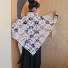 Wedding Shawl, Ivory Wedding, Crochet Shawl, Crochet Lace, Crochet Triangle, Christmas Gifts For Her, Shawls And Wraps, Crochet Flowers, Triangles