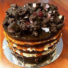 Rocky Road Chocolate Cake with Salted Caramel Icing nice with some coffee or tea.  #rockyroadcake #saltedcaramel #chocolate #thefoodshop #eateryhermanus #hermanus