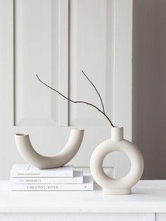 Ceramic Tableware, Ceramic Vase, Interior Decorating, Interior Design, White Vases, Vases Decor, Decoration, White Ceramics, Home Accessories