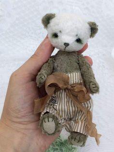 Panda Greta By Evgenia Golikova - Bear Pile