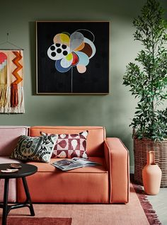australian interior design trends 2018 living room with green wall and terracotta sofa Living Room Green, Living Room Paint, Living Rooms, Terracotta Paint, Sage Green Walls, Orange Sofa, Orange Walls, Color Trends 2018