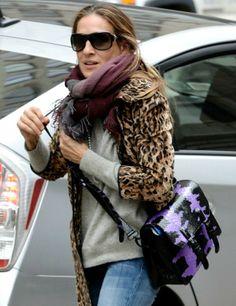 Sarah Jessica Parker  Δες την τσάντα της αξίας 1.500 ευρώ fea6161aec9