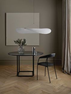 Shop the Tense Pendant Lamp and more contemporary lighting designs by New Works Furniture at Haute Living. Deco Addict, Dimmable Led Lights, Nordic Design, Classic Furniture, New Words, Danish Design, Pendant Lamp, Lighting Design, Dining Table