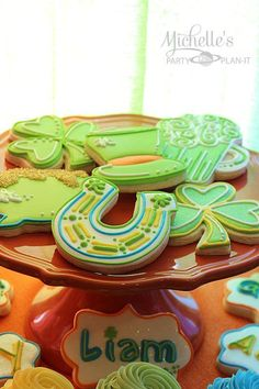 Michelle {Michelle's Party Plan It} S's St. Patrick's Day Party - Photo Gallery at Catch My Party St Patrick's Day Cookies, Shoe Cookies, Fun Cookies, Holiday Cookies, Sugar Cookies, Decorated Cookies, St Patricks Day Food, Happy St Patricks Day, Saint Patricks