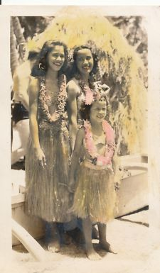 View Item: 1940s WWII 3 Hawaiian Girls,  Hawaii  Photo  hand colored