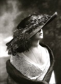 Hat Model, Maison Lanvin, 1912 (Paul Nadir)
