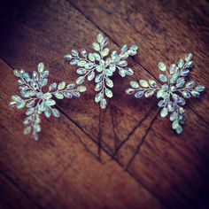 PINS Kelly Spence Della Hairpins