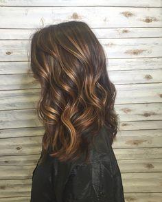 Hair : Balayage : Ombre : Golden : Warm : Caramel Balayge