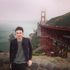 """TOURIST (I just walked over the Golden Gate Bridge, mum! For realz!)"""