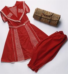 Badeanzug, um 1900/01, Baumwolle © Wien Museum Splish Splash, Museum, Collection, Fashion, Fashion Styles, Swimsuit, Culture, Cotton, Moda