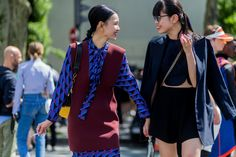 The most stylish girls on the men's fashion Week in Paris | Vogue Ukraine