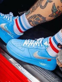 Nike Women's and Men's Fashion Styles Shoes Sneakers. Nike Outift Casual Shoes Sneakers .Nike shoes sneakers street styles. Nike air force 2020 Spring Summer Trends.