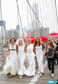 #RHONY ladies marching for marriage #BrooklynBridge Like this? Then LIKE us on FACEBOOK!: https://www.facebook.com/therealhousewivesfanclub