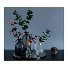 IKEA - VÅRVIND, Vaas set van 2, Door de aparte vorm zijn de vazen zowel met als zonder bloemen mooi.