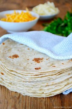 30-Minute Homemade Flour Tortillas | Just a Taste Mexican Dishes, Mexican Food Recipes, New Recipes, Cooking Recipes, Favorite Recipes, Mexican Tortilla Recipe, Easy Tortilla Recipe, Tortilla Bread, Yummy Recipes
