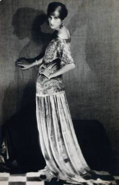 Peggy Guggenheim wearing Poiret, 1924. Photo: Man Ray.