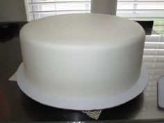 buttercream-looks like fondant