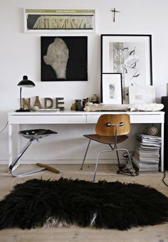 Cosy and artsy home office