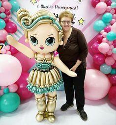 Balloon Face, Love Balloon, Balloon Garland, Ballon Decorations, Balloon Centerpieces, Balloons And More, Large Balloons, Balloon Arrangements, Bee Party