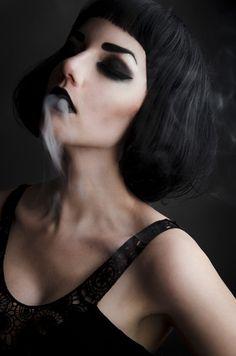 Alise Carter (ಠ_ರೃ)