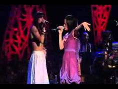 Julieta Venegas y Mala Rodriguez -Eres Para mi