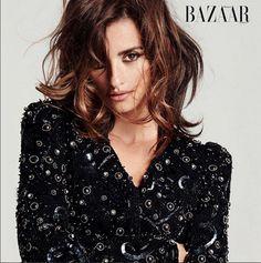 La sublime actrice Penélope Cruz est en couverture du numéro de février de magazine Harper's Bazaar Espagne !