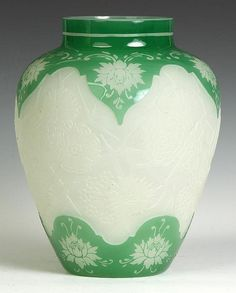 Steuben Green Jade over Alabaster Acid Etched Vase. Property of the Strong, sold to benefit the museum's collections fund. Art Nouveau, Steuben Glass, Antique Shelves, Corning Museum Of Glass, Window Art, Glass Etching, Fine Porcelain, Vases Decor, Bud Vases