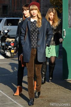 Taylor Swift out in New York City, New York - December 4, 2012   The Trend Diaries - The Latest Celebrity Style, Fashion, and Beauty Trends