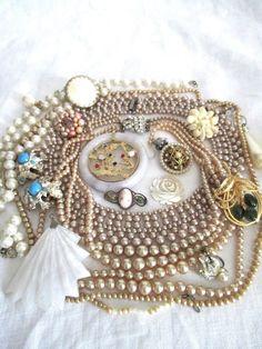 Vintage Costume Jewelry Lot Wear / Repair / Harvest Pearl Beads Jade Silver #BSKLisnerMosell