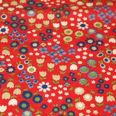 vintage 70s novelty fabric featuring cute floral print