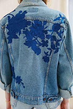such a pretty denim jacket