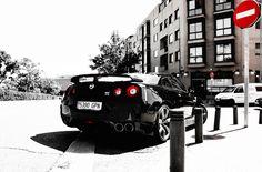 BLACK & WHITE #GTR #NISSAN #R35