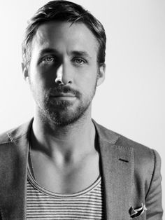 Dress in a tee and blazer l Ryan Gosling