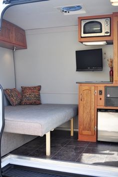 Sprinter Van Bunk Beds >> 1000+ images about sprinter on Pinterest | Sprinter van, Cargo van and Camper van