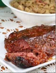 Patricks Dinner: Glazed Corned Beef (with a delicious fruity glaze), sauteed cabbage and colcannon Carolina Bbq Sauce, Sauteed Cabbage, Corn Beef And Cabbage, Corned Beef And Cabbage Recipe With Beer, Roaster Oven Recipes, Colcannon Recipe, Corned Beef Recipes, Corned Beef In Oven, Bbq Beef