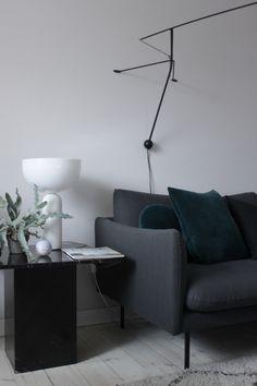 Black marble livingroom