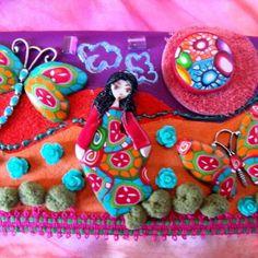 """Réservé tableau-collages """"lili, la libellule et le papillon"""" Violet, Collages, Creations, Birthday Cake, Orange, Dragon Flies, Butterflies, Fimo, Board"""