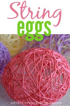 Make these classic string eggs with your kids this Easter! Home Crafts, Crafts To Make, Fun Crafts, Crafts For Kids, Homemade Home Decor, Homemade Gifts, Diy Home Decor, Stencil Vinyl, Easter Activities