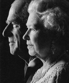 Royal Wedding Anniversary - Wedding Anniversary of Queen Elizabeth II and Prince Philip, Duke of Edinburgh (November 1947 - November Prinz Phillip, Queen And Prince Phillip, Die Queen, English Royal Family, Kate Middleton, Isabel Ii, Her Majesty The Queen, Queen Of England, World History